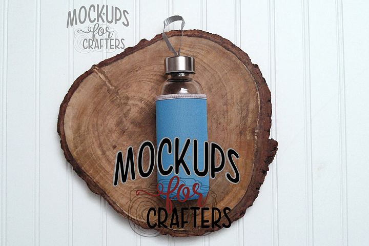 MOCK-UP - Dollarama water bottle with neoprene sleeve