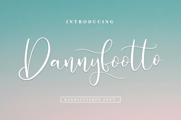 Dannyfootto///handlettered font