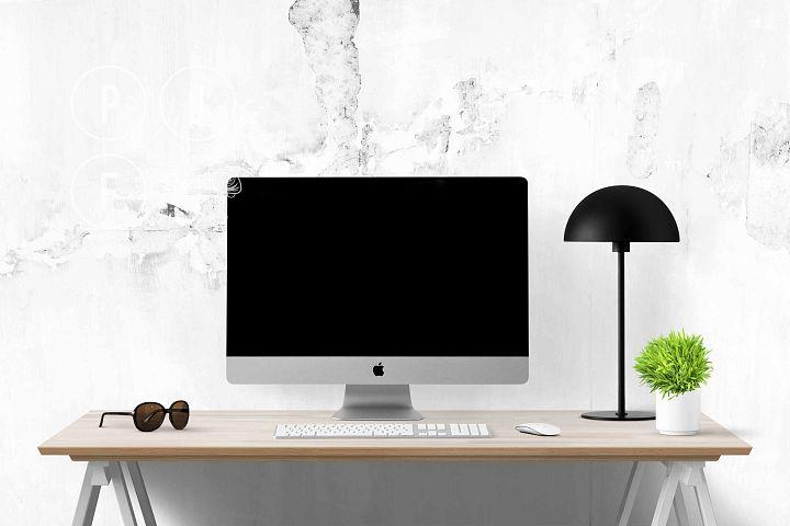 Computer mockup & desk mockup bundle - Free Design of The Week Design3