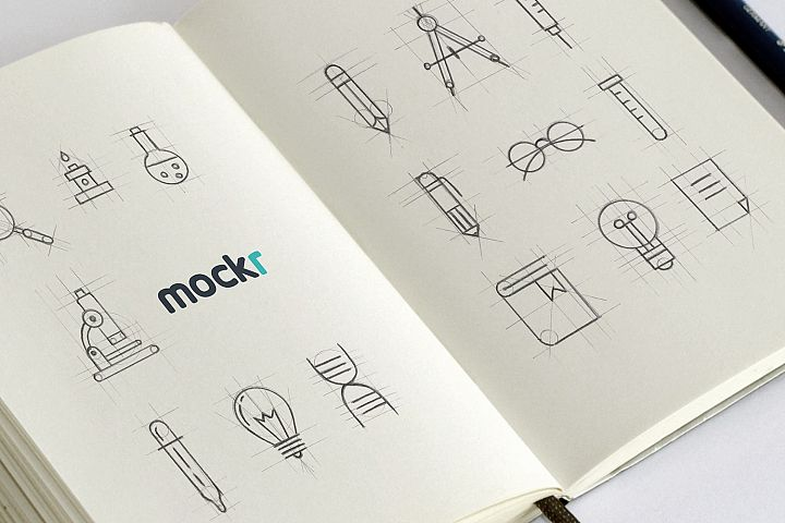 Realistic Sketchbook Mockup Psd