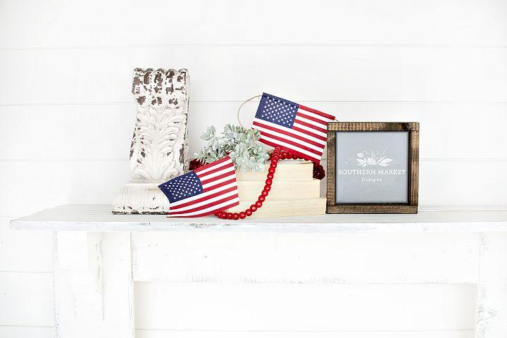 Patriotic Summer Wood 6x6 Sign Mock Up Stock Photo