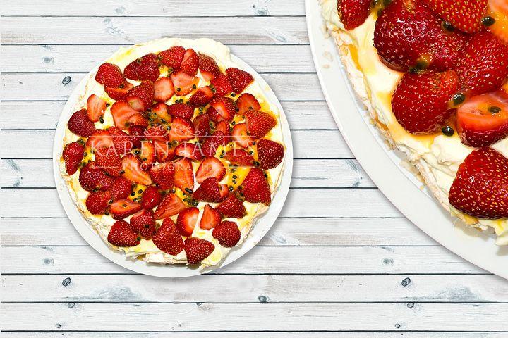 Strawberry Pavlova Photo