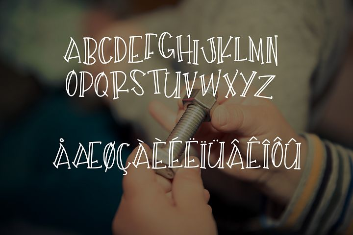Tinker - Free Font of The Week Design 1