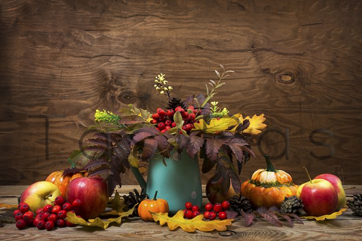 Fall centerpiece with rowan in turquoise vase, copy space