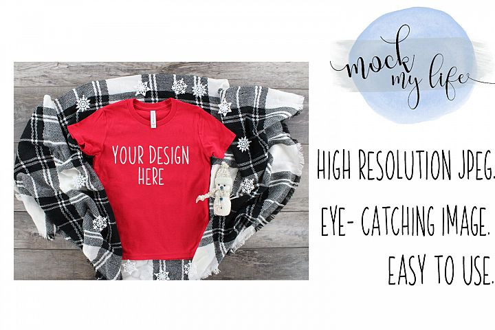 Mockup Bella Canvas Shirt / Winter Flat Lay / Red Shirt