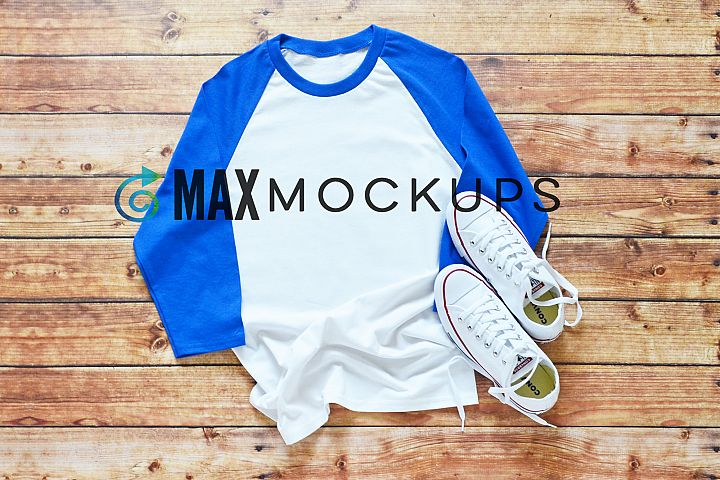 White and blue raglan baseball shirt Mockup, tennis shoes