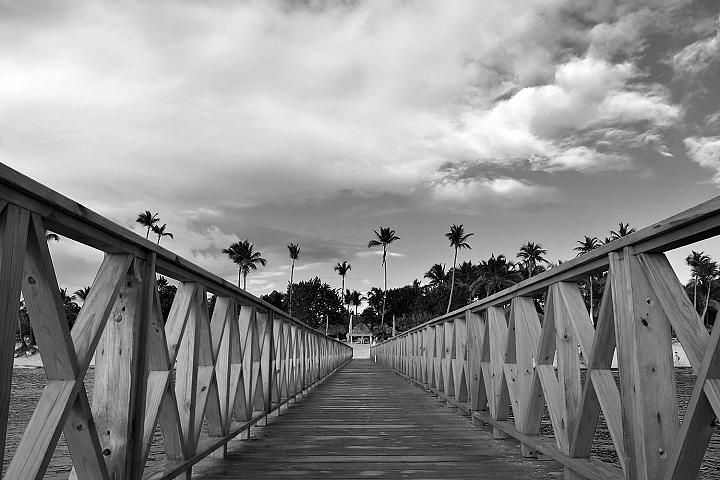 La Romana beach in black and white