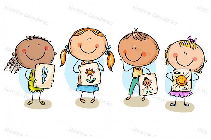 Kids presenting their drawings