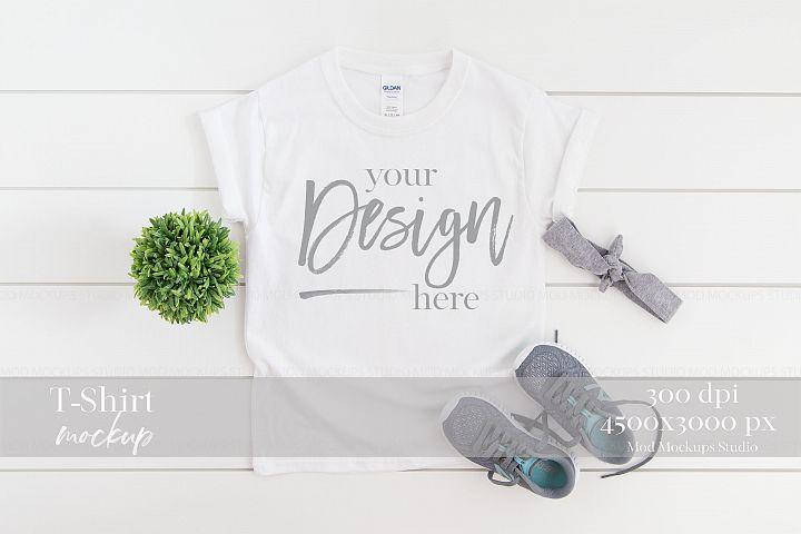 T-Shirt Mock up WHITE | 5000B Gildan Mockup