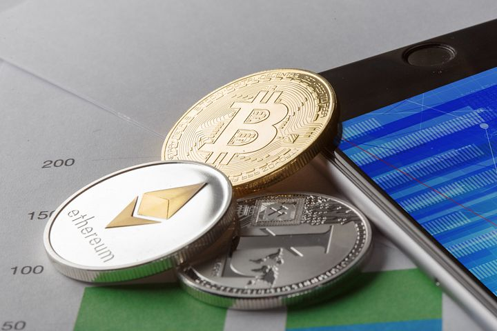 Golden Bitcoin Coin JPG set example 3
