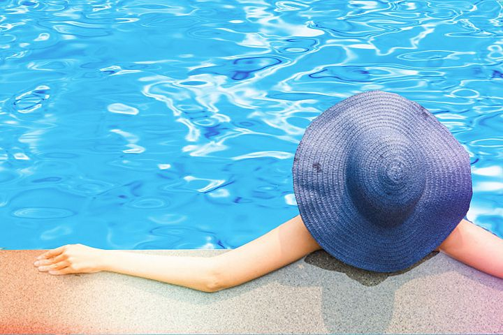 100 Swimming Pool Water & Mosaic Tile Backgrounds