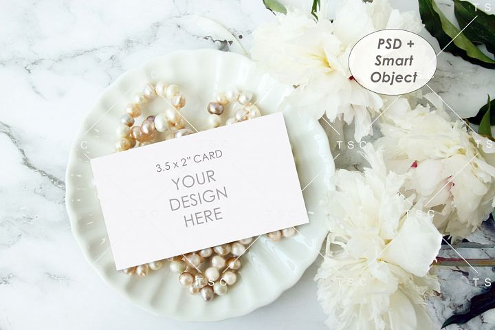 3.5 x 2 Card Mockup / Place Card / Business Card Mockup