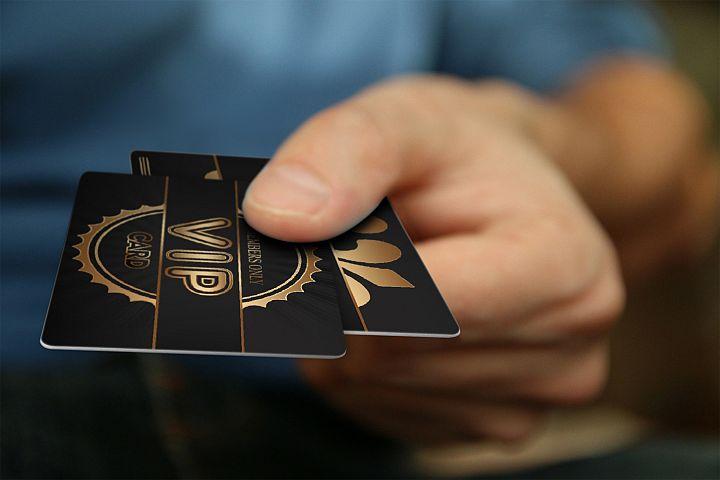 20 Luxury VIP Member Cards