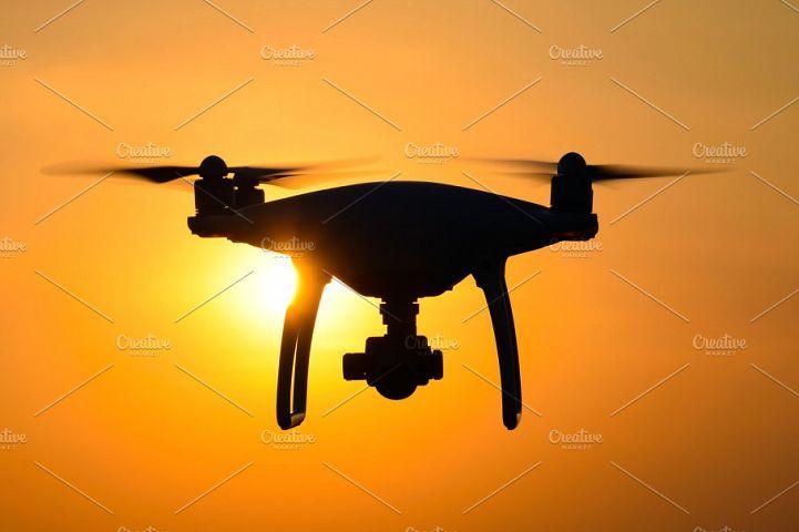 Quadrocopters silhouette