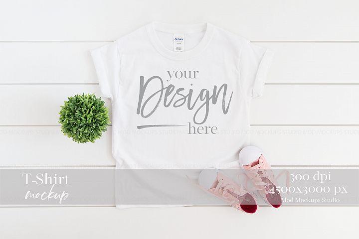 T-Shirt Mockup WHITE | 5000B Gildan Mockup
