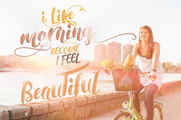 RACHEL  - Free Font of The Week Design1