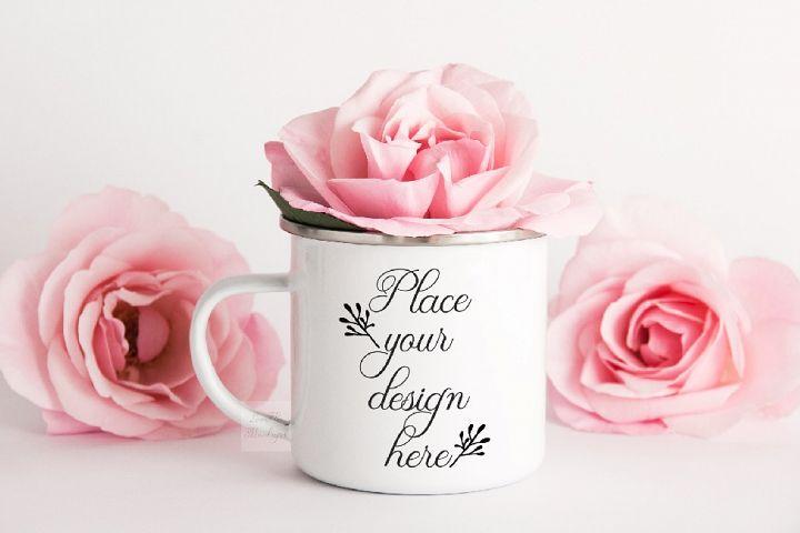 Camping mug mockup romantic feminine enamel cup mock up psd