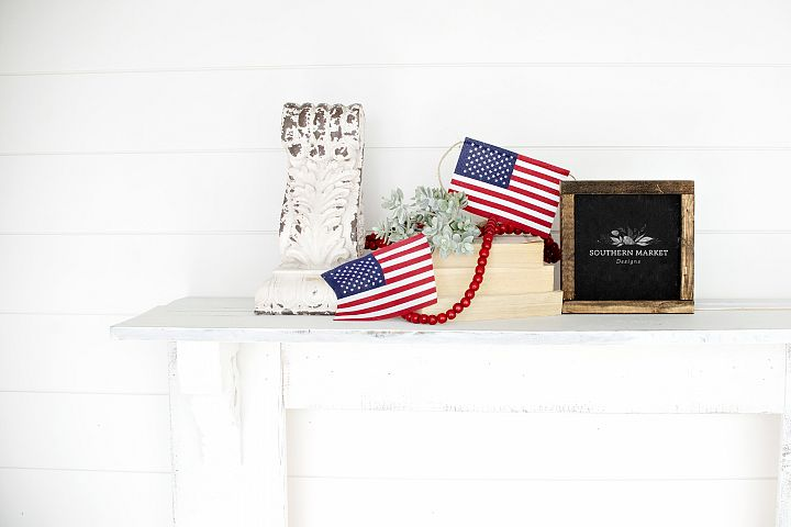 Patriotic Summer Wood 6x6 Sign Mock Up Stock Photo