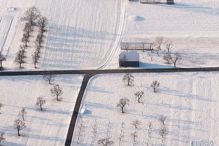 Snow in the countryside