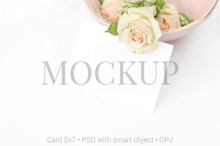 Mockup card with roses & FREE BONUS