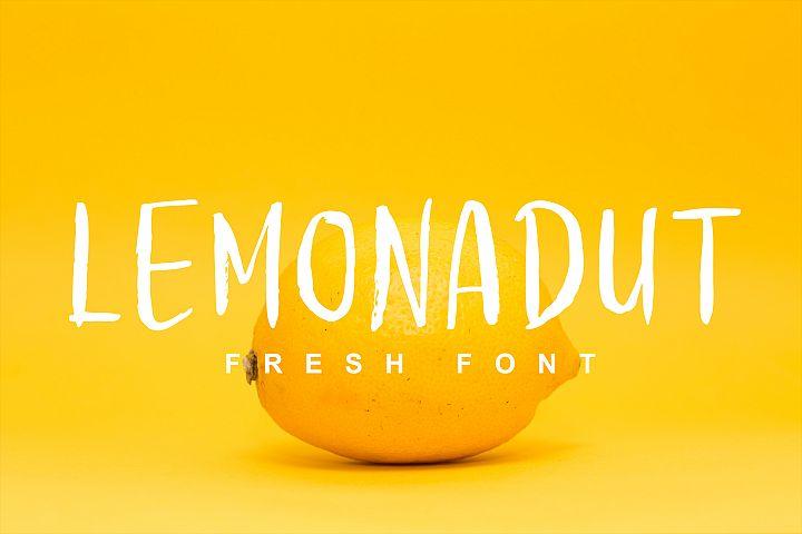 Lemonadut Fresh Font