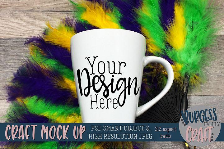 Mardi Gras mug mock up|PSD & JPEG