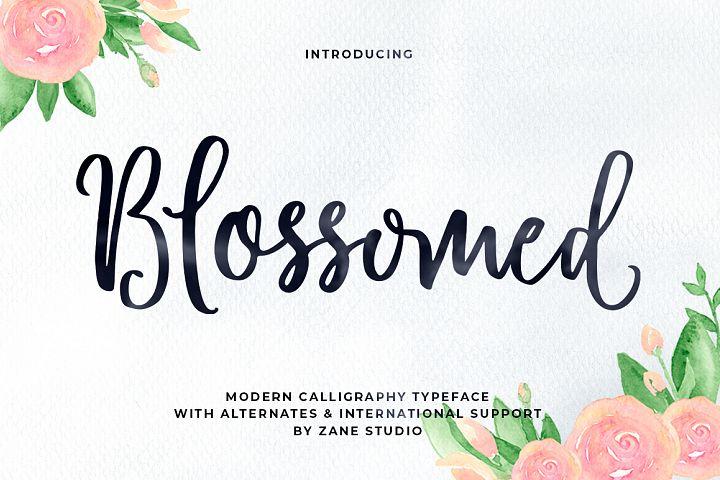 Blossomed Script