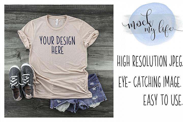 Mockup Bella Canvas Shirt / Flat Lay / Peach Shirt