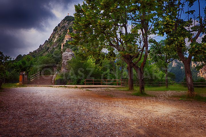 Courtyard Of The Monastery Of Queralt - Travel Photo