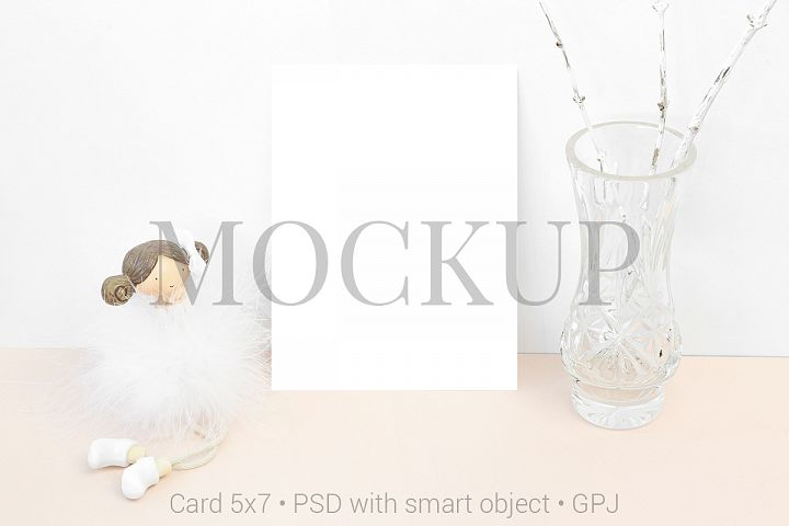 Mockup card with statuette and bowl