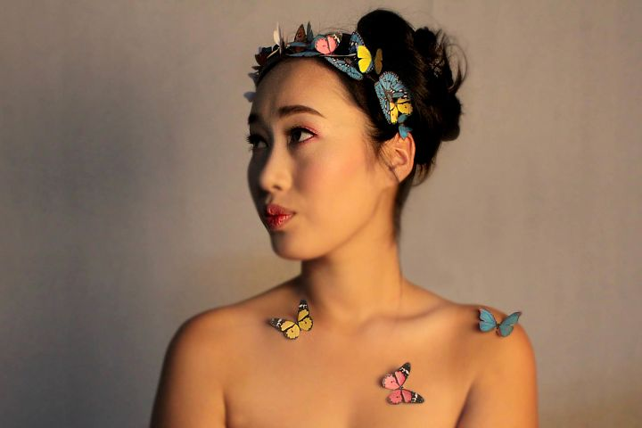 Butterfly girl vintage look