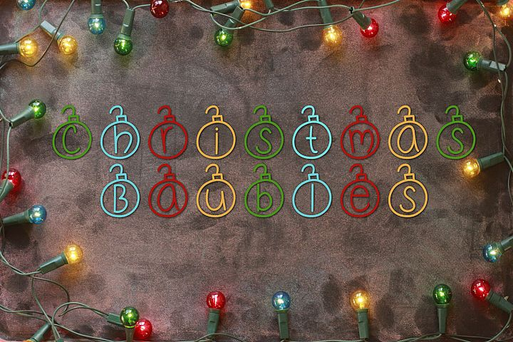 Christmas Baubles - A Christmas Decor Font