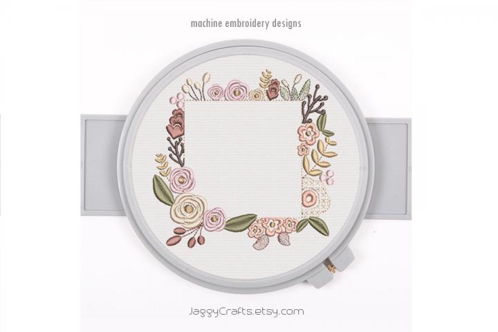 Square Floral Frame for Monogram in 5 sizes