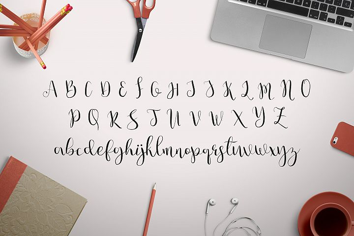 Julia's Dream - Free Font of The Week Design5