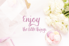 Macaron Moment - a sweet hand drawn script font example image 8